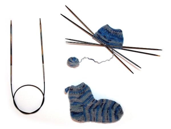Atelier pour apprendre les différentes étapes pour tricoter des chaussettes et réalisation d'une mini chaussette